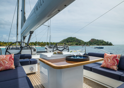 Seating area on the flybridge