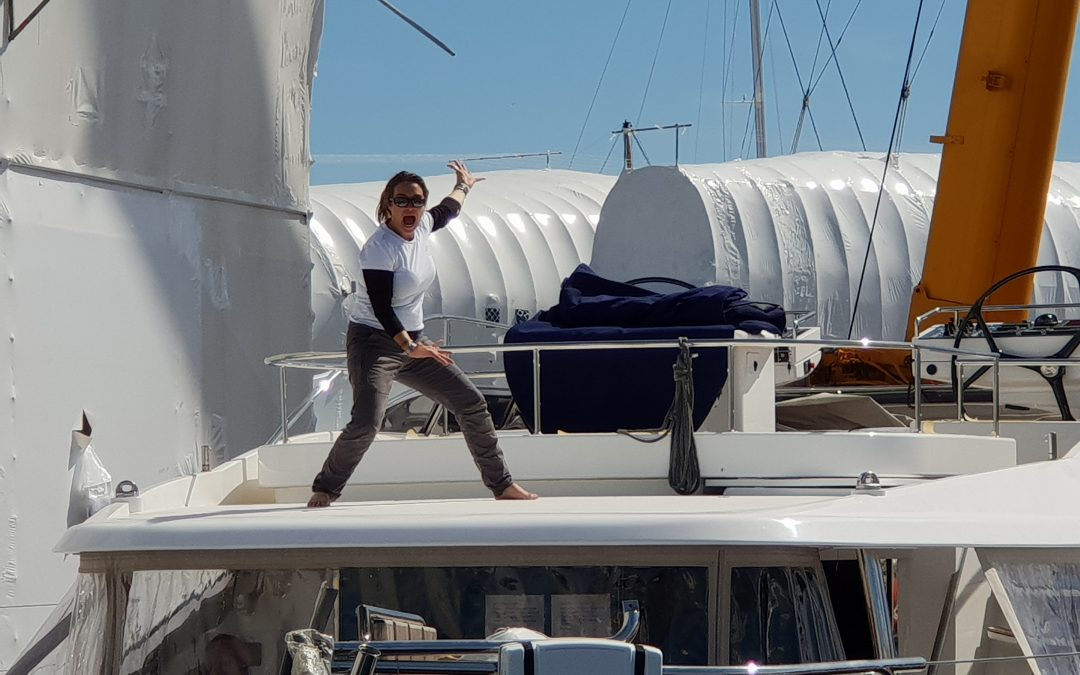 UN-STEPPING THE MAST